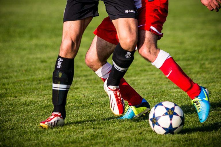 """Futebol: quais os benefícios da """"paixão nacional"""" para a saúde?"""